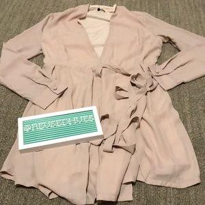 50% OFF BUNDLES Lulu's Tie Blouse Cardigan Small